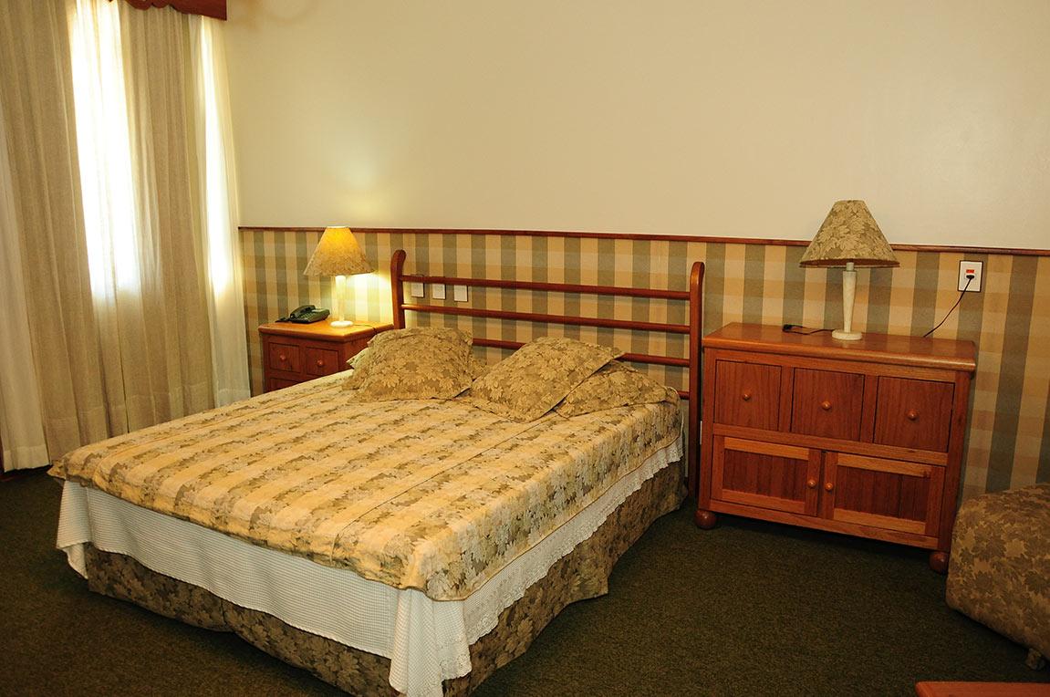 Acomodações Suite Country Park Hotel Morotin Foto 01