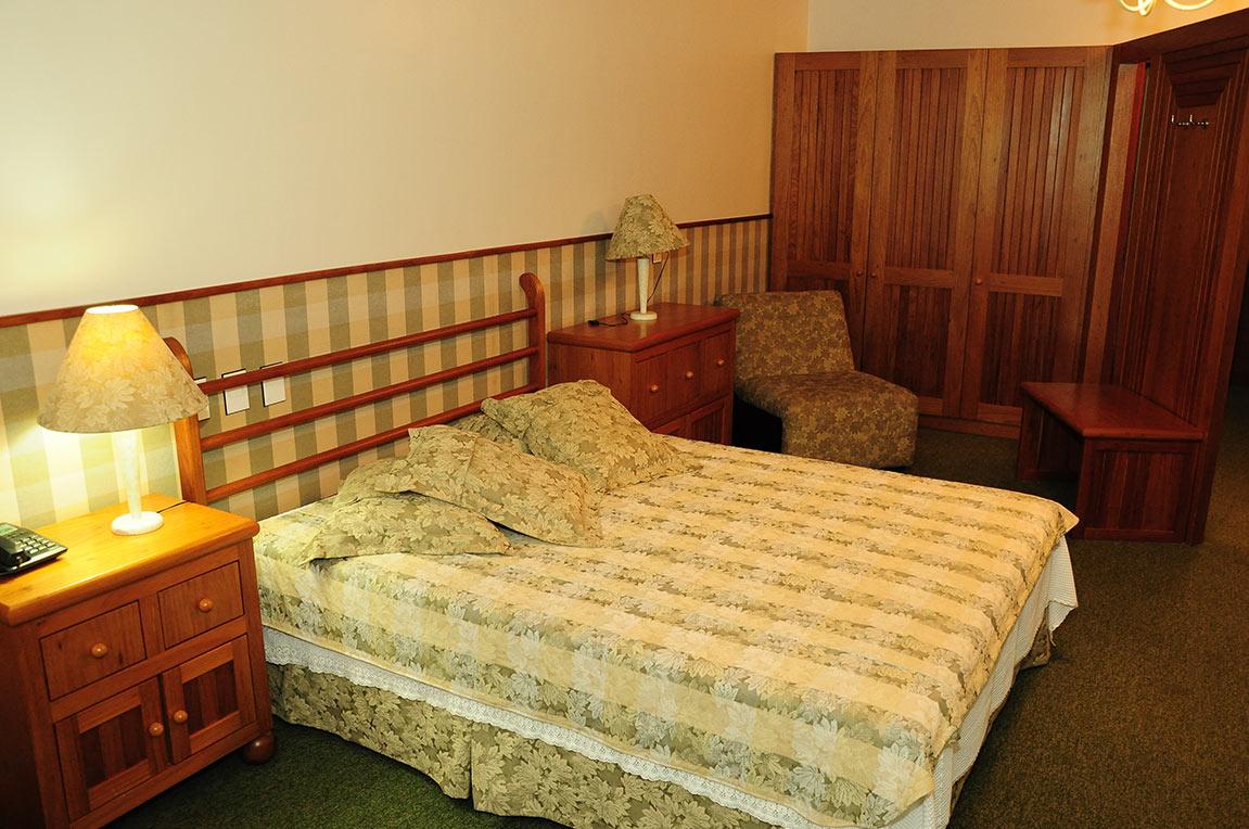 Acomodações Suite Country Park Hotel Morotin Foto 02