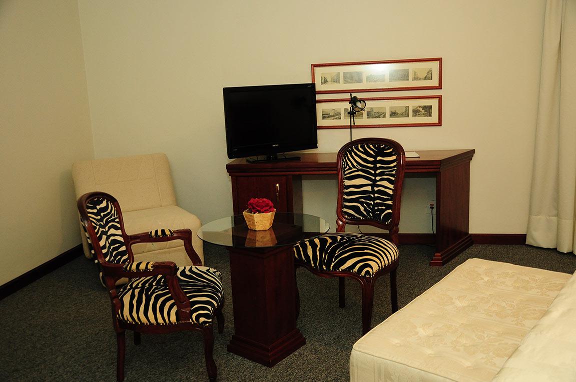 Acomodações Suite Presidencial Park Hotel Morotin Foto 04