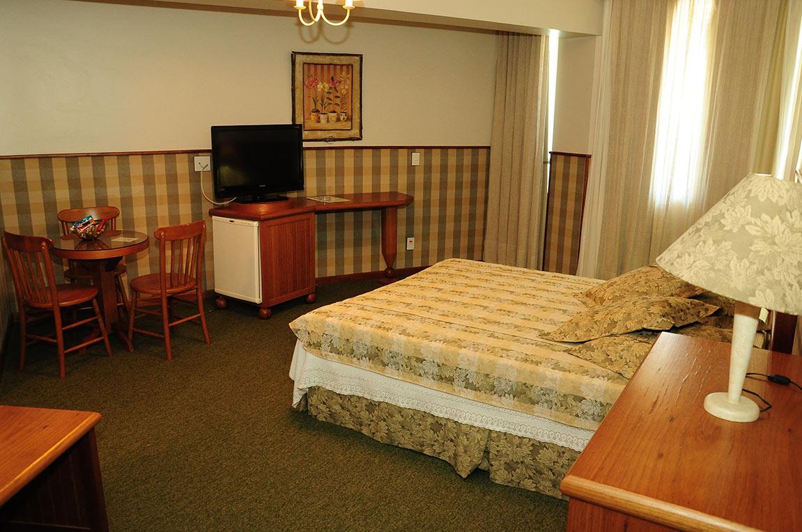 Acomodações Suite Country Park Hotel Morotin Foto 04